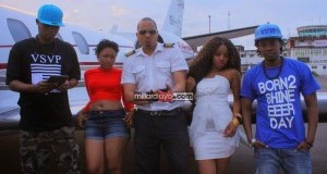 Huyu ndiye video Queen aliyetaka kutolewa vipande vyake kwenye video ya Wauwe ya Chege na Temba.