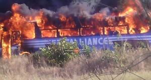 Picha 5 za ajali ya kuungua kwa basi la 5 Aliance leo August 09.