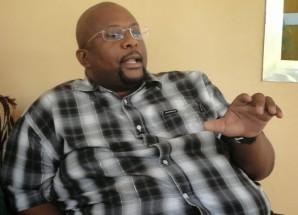 Umesikia story inayohusu Mbunge kurushiana risasi na mtoto wake? Isome habari yake hapa