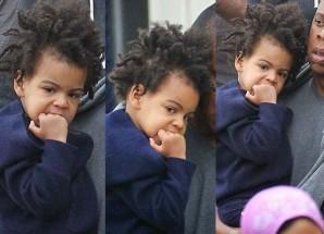 Staa mtoto Blue Ivy Carter kwenye headlines tena, safari hii katinga kivazi kama Michael Jackson