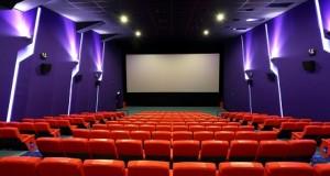 Sio Movie… Watoto wavamia Bank… Tazama video ya kilichotokea hapa