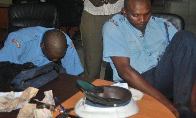 Askari Polisi Mwenye Kesi ya Rushwa Akamatwa Tena Akipokea Rushwa